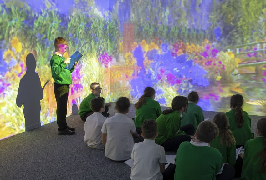 VR video production for immersive classrooms